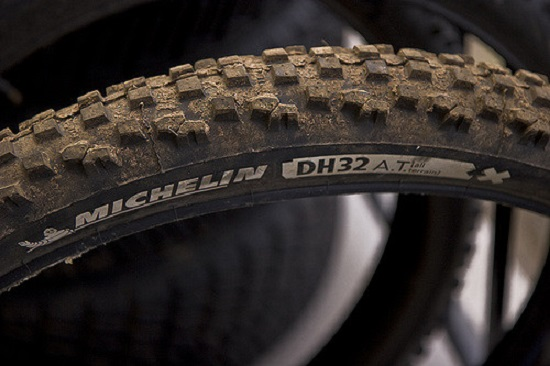 Michelin DH 32