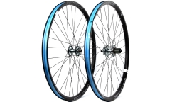 Pair of American Classic Carbonator Wheels - Carbon - Tubeless Ready