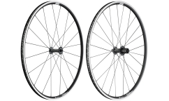 Pair of DT Swiss PR 1600 Dicut 21 2018 Wheels - Aluminium - Tubeless Ready