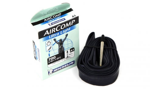 Michelin aircomp ultralight 700 tube pneus vtt pneus for Chambre a air vtt increvable